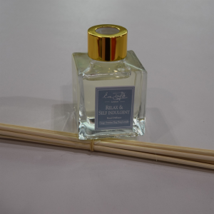 reed-diffuser_relax-and-self-indulgent-1024x1024